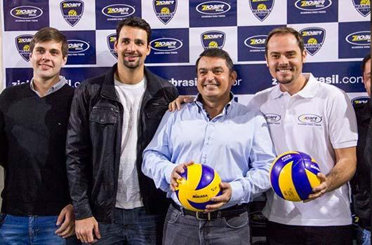 Ziober Brasil anuncia parceria com time de vôlei de Maringá.