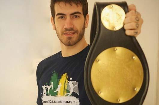 Campeão do Jungle Fight presente na #TorcidaZiober.