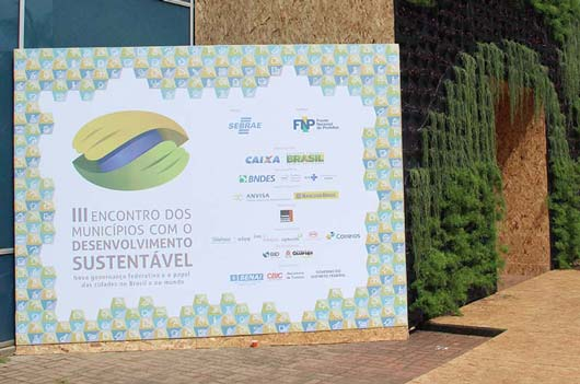 Ziober Brasil participa de encontro de municípios.